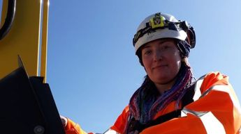 'First woman' to complete street light apprenticeship