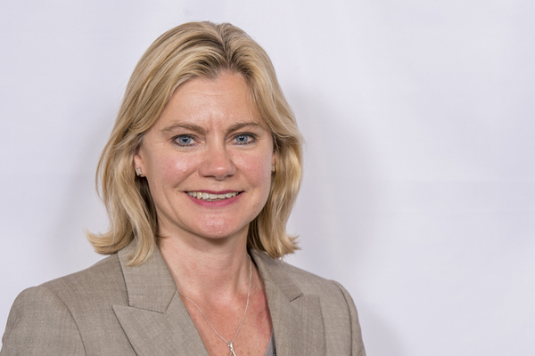 Justine Greening: our ambition is to leave no community behind Education Secretary unveils plan to provide opportunities on every young person's doorstep in a speech at the inaugural Reform social mobility conference.